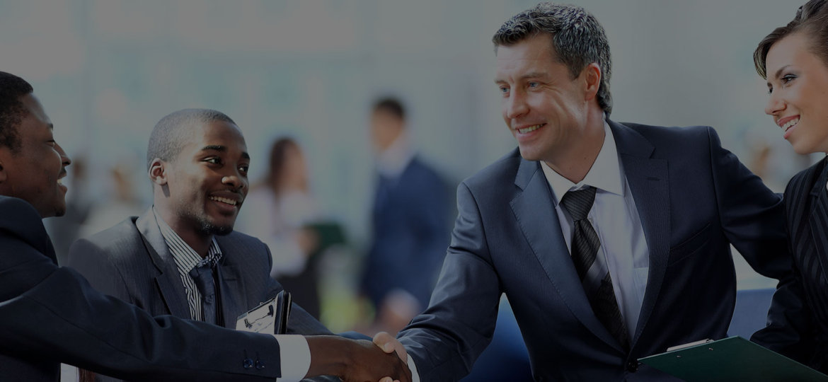 Professional-Experience-Header_Business-meeting